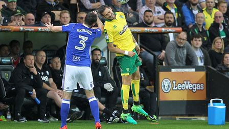 Mario Vrancic battles with ex-Norwich City loanee Jonathan Grounds at Carrow Road. Picture: Paul Che