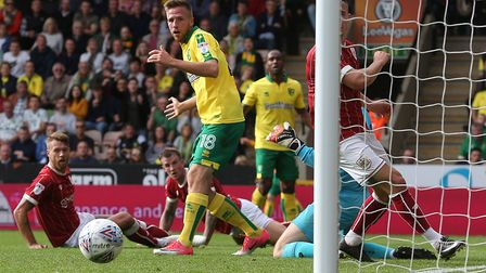 Marco Stiepermann of Norwich goes close during the Sky Bet Championship match against Bristol City a