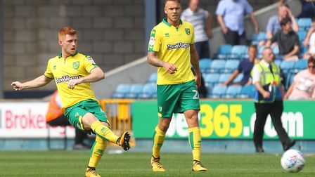 Harrison Reed keeps Norwich City's possession ticking over at The Den. Picture by Paul Chesterton/Fo