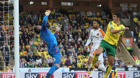 Nelson Oliveira scores Norwich City's late equaliser. Picture: Paul Chesterton/Focus Images