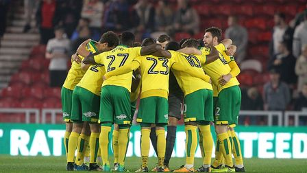 Norwich City chief Daniel Farke gathered the players together on the final whistle at Middlesbrough.