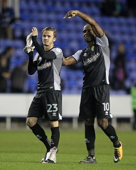 Norwich City's goalscorers at Reading James Maddison and Cameron Jerome (right) celebrate with the t