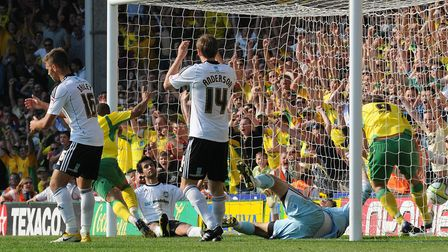 Simeon Jackson scores a late winner against Derby to provoke pandemonium at Carrow Road. Picture: Ar