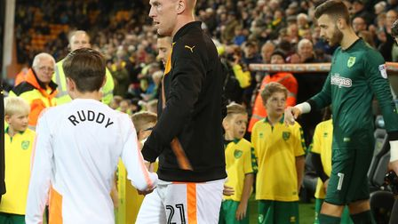 John Ruddy and Angus Gunn take to the pitch for Wolverhampton Wanderers and Norwich City respectivel