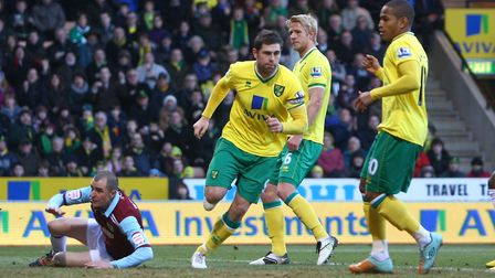 Grant Holt helped Norwich City cruise to a 4-1 win over Burnley in the FA Cup third round in 2012. P