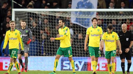 The Norwich players look dejected after conceding their sides 3rd goal during the Sky Bet Championsh