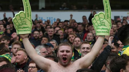 The Norwich fans celebrate their sideÕs 4th goal during the Sky Bet Championship match at Carrow Roa