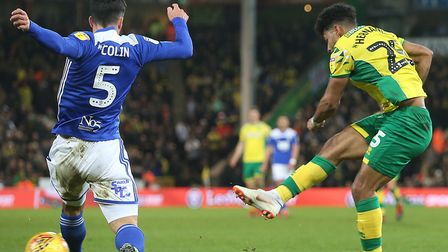 Onel Hernandez tries his luck in Norwich City's 3-1 Championship home win over Birmingham City Pictu