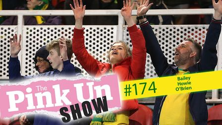The PinkUn Show returns with former Norwich City goalkeeper Scott Howie joining the guests to talk v