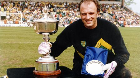 Bryan Gunn was Norwich City's player of the season in 1988, after a mid-table finish in the top flig