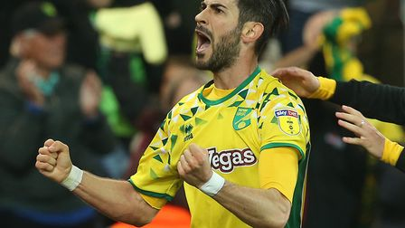 Mario Vrancic celebrates after scoring a sensational late equaliser against Sheffield Wednesday Pict