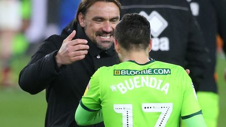 Head coach Daniel Farke congratulates Emi Buendia after the Canaries' 1-0 win at Middlesbrough Pictu