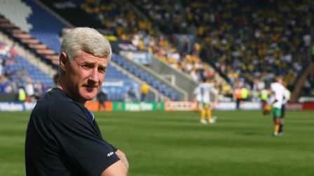 Nigel Worthington faced his former Norwich City employers as interim manager of Leicester in 2007. P