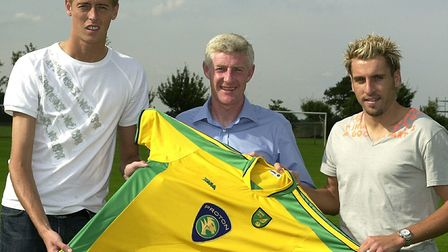 Nigel Worthington with new loan signings Peter Crouch and Darren Huckerby in 2003 Picture: Archant