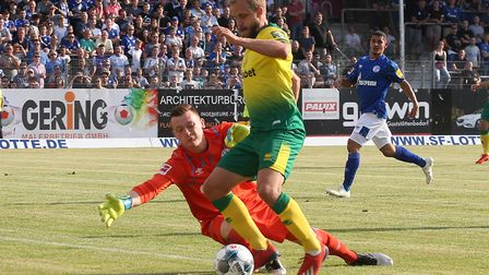 Teemu Pukkiclaimed a goal and an assist against former club Schalke in Lotte Picture: Paul Chesterto