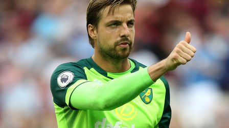 Norwich City keeper Tim Krul thanks the travelling fans at the London Stadium Picture: Aaron Chown/P