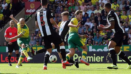 Teemu Pukki rifles home his second goal in Norwich City's 3-1 Premier League win over Newcastle Unit
