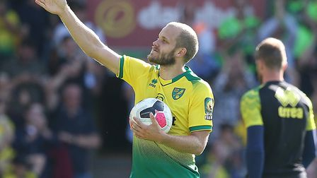 Teemu Pukki soaks in the applause after his Premier League hat-trick for Norwich against Newcastle P