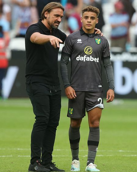 City head coach Daniel Farke with Max Aarons, who is an injury doubt for the visit of Manchester Cit