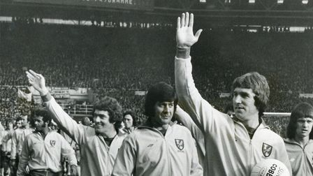 Duncan Forbes, Kevin Keelan and Ted MacDougall ahead of the 1975 League Cup final defeat to Aston Vi