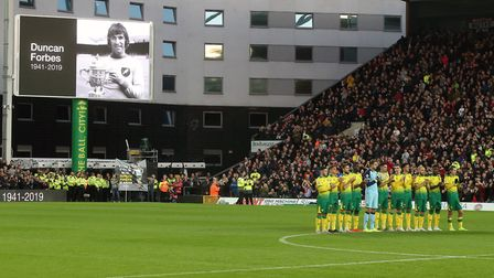 Fans and players pay tribute to Duncan Forbes before the game after the iconic City defender passed