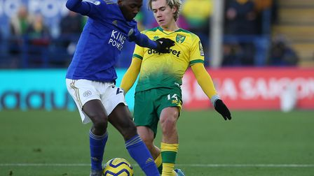 Leicester midfielder Wilfred Ndidi holds off Todd Cantwell during Norwich City's 1-1 draw at the Kin