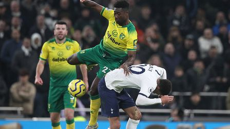 Tettey attempts to gain possession from Dele Alli Picture: Paul Chesterton/Focus Images Ltd