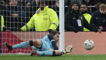 Tim Krul saved Gedson Fernandes penalty to book City's place in the quarter-final of the FA Cup.Pict