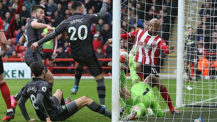 Dean Henderson makes an amazing double save to deny Mario Vrancic and Josip Drmic at Bramall Lane Pi