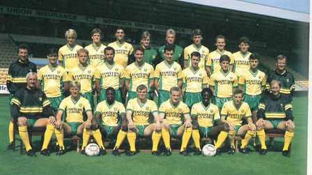 The 1989/90 Norwich City squad - including Andy Linighan (back row, third from right) Photo: Arch