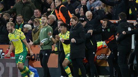 Daniel Farke and his players start the promotion part at full-time of their victory over Blackburn a