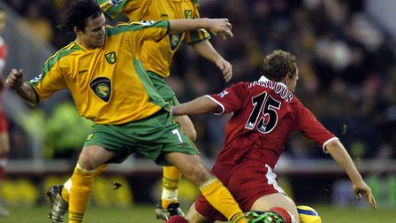 Phil Mulryne tackling Middlesbrough midfielder Ray Parlour during a top flight game in December 2004