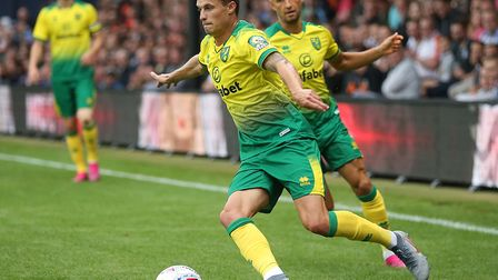 Norwich City loanee Philip Heise featured as a substitute as Neurnberg were beaten 1-0 at St Pauli i