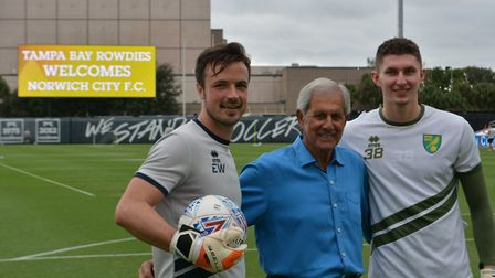 Canaries legend Kevin Keelan, centre, with goalkeeping coach Ed Wootten, left, and Aston Oxborough d