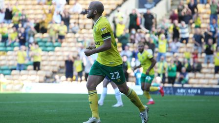 Teemu Pukki scored his first goal of the season as City drew 2-2 with Preston North End in the Champ