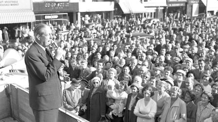COMMON MARKET? Harold Macmillan, Prime Minister from 1957-63, addresses a packed meeting on Great Ya