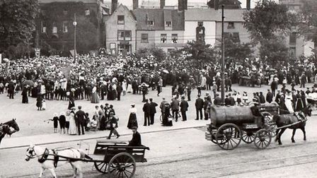 Great Yarmouth's Church Plain in 1905, crowded because of a Sunday School gathering. Picture: MERCUR