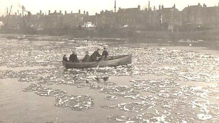 A ferryboat copes with ice patches as it crosses the river in 1927. Picture: Library