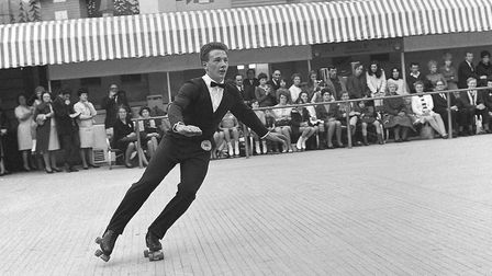 Roller skating championships in Great Yarmouth, figure and freestyle. 1968. Neg 1018