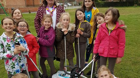 The 1st Ormesby Brownes and Owls on their annual litter pic Picture: 1st Ormesby Brownies