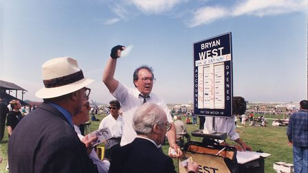 Sport - Horse Racing Bryan West at Great Yarmouth Racecourse. Dated 1 June 1994 Photograph C