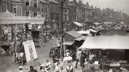 Palmers department store overlooking a bustling Market Place in 1909. Photo: Clifford Temple