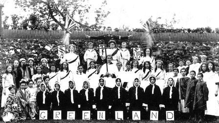 """Participants in the 1908 Gorleston pageant. The """"GREENLAND"""" might refer to medical missionary Sir Wi"""