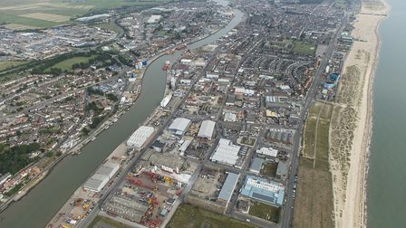 Areas at risk of tidal flooding in Great Yarmouth are to be protected by a 40m upgrade to defences i