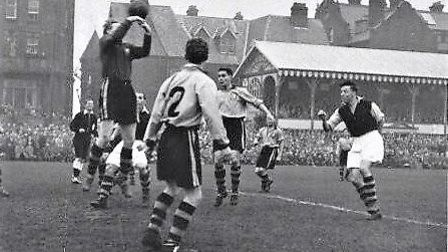 Great Yarmouth Town Football Club versus Crystal Palace in the FA Cup 1st round match, 1953. Photo: