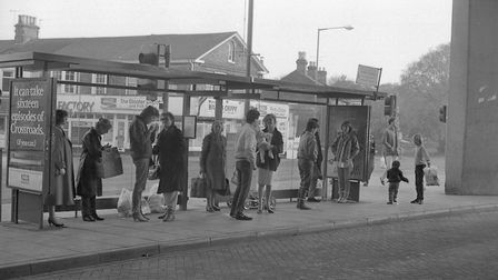 Queues at Market Gates bus station in Great Yarmouth, 14th November 1985. Photo: Archant Library