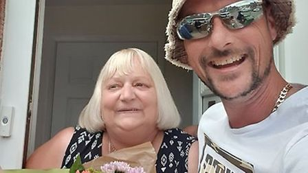 Carl Regan with Tracey Turro who handed found his wallet and handed it in to police full of cash Pic