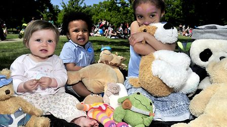 Hundreds of children and parents enjoy a Teddy Bears Picnic in Christchurch Park, Ipswich Emilia Co