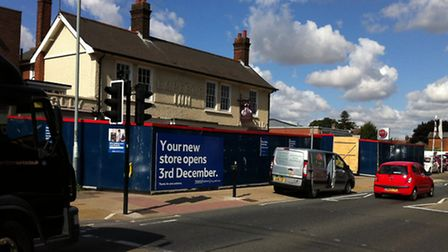 Work has started on coverting the Emperor Pub into a new Tesco in Norwich Road