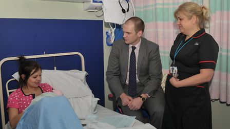 Dr Dan Poulter visits the Brook Maternity ward at Ipswich Hospital. L-R Michelle Snelling with her